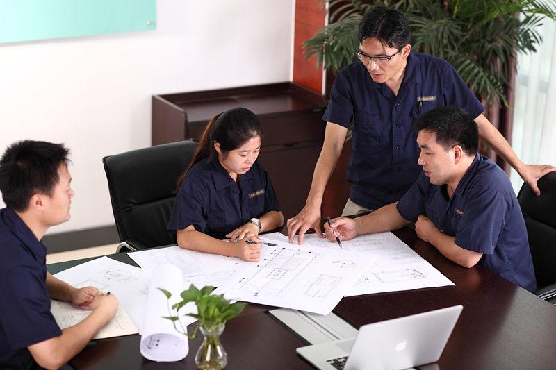 GRATIS SYSTEEMONTWERP en QUOTE Gratis ontwerp en offerteservices worden geleverd door ons GOMON-techteam. We zijn altijd hier om te helpen en advies te geven waar het nodig is, bel ons gewoon even of e-mail, zodat we aan de slag kunnen. Ons GOMON-techteam ontwerpt speciaal voor uw huis een warmwatersysteem. We adviseren u graag over de beste systeemoplossing om uw doelstellingen te bereiken, ook als dat betekent dat u alternatieve warmwateroplossingen moet aanbevelen.